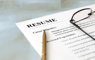 How to pick the best resume format